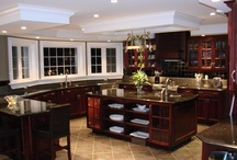 Dream Kitchens / by Stephanie Pfeffer
