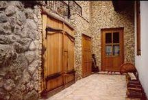 kunság rustic bejárati ajtók / prémium fa bejárati ajtók rusztikus stílusban