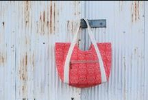 poolside tote by noodlehead patterns / perfectly spacious and versatile!