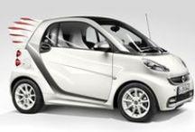 Smart / Marchio tedesco in collaborazione con Mercedes famoso per la citycar di eccellenza.