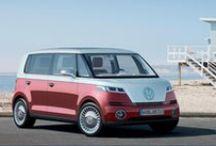 Volkswagen / Casa automobilistica storica tedesca. Nota come l'auto del popolo, ha sempre prodotto vetture economiche ed affidabili.