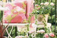 Balkon | Garten / Auf meinem Blog Rosanisiert schreibe ich über Ordnung, Putzen und Glamour. Hier sammle ich alle Inspirationen für Balkon und Gartengestaltung, Pflanzen, Balkonblumen, Gartenmöbel und viel Entspannung.
