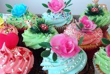 cookies, cakes & cupcakes