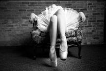 Ballerinas & Dancers / Ballerinas & Dancers