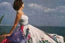 Kleider History / Stilvoll & Elegant