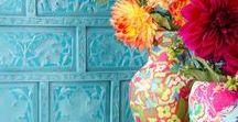 miaVILLA ♥ Fliesen und Kacheln / Das bunte und große Angebot von Fliesen bietet für jeden Wohnstil das passende Design. Sie erinnern in Optik und Struktur an natürlichen Sandstein, hochwertigen Marmor, an Holz oder lassen durch ihren orientalischen Stil ein Stück Urlaub in die eigenen vier Wände einziehen.
