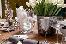 Recibir en Casa / MONTAJES DE AUTORES  Expertos en interiorismo, arquitectos, diseñadores y artistas, son los invitados especiales que Casa Palacio reúne para crear ambientes originales y elegantes, propicios para vestir la mesa de manera excepcional y para todo tipo de ocasión.