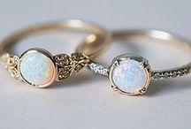 Gemstone Engagement Rings / #engagementrings #gemstoneengagementrings #gemstones #rings #weddings #proposal