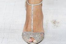 παπούτσια.... παπούτσια...<3 <3 <3