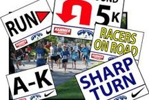 Race Signs by Same Day Sign / Arrow, event and race signs for 5k, 10k, marathons, triathlons and everywhere you need to move a lot of people in the right direction.