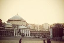 Naples / o si odia, o si ama