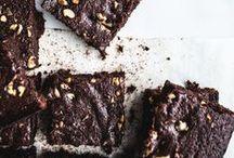 Brownies / #Brownies #Chocolate #Dessert #Blondies