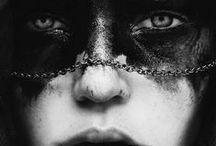 OTHER GIRLS - Les autres filles / #femmes #girls #fille #différent #mask #face