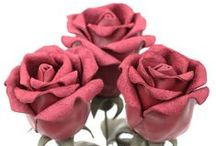 Leather Rose Bud Bouquets / Handmade leather rose bud bouquets will make a perfect 3rd wedding leather anniversary gift! Please check back soon for more color options!