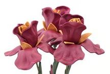 Leather Iris Bouquets / Handmade leather iris bouquets will make a great alternative to leather rose bouquets for 3rd wedding leather anniversary gift! Please check back soon for more color options!
