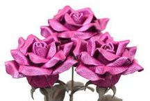 Leather Sweetheart Rose Bouquets / Handmade leather sweetheart rose bouquets will make a perfect 3rd wedding leather anniversary gift! Please check back soon for more color options!