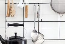 Kitchen Organizing / Orderly and inspiring kitchens, cabinets and cooking ideas.