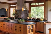 Home: Craftsman Homes / Interior wood paneling and features of a Californian Bungalow or Craftsman home