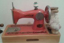 Macchine da cucire e accessori vintage