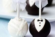 Wedding Desserts & Cakes / #Wedding #Beach #Cake #Buttercream #Desserts