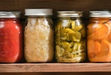 Recipes: Canning / I have never tried canning (yet), but the idea does intrigue me... / by Megan