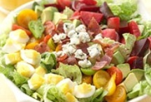 Dinner: Salads / by Chevelle Bazo