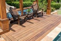 Gardens and Decks, the Perfect Combination / See how gardening and decking compliment each other to create the perfect outdoor space.