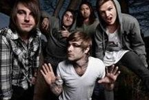 Of Mice & Men Wholesale Merchandise / Rock Off is a wholesale distributor supplying official band and music merchandise for Of Mice & Men and many other top artists.