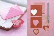 Pre šikovné ruky / návody na výrobu svadobných dekorácií a doplnkov, účesy a manikúra, ktorú zvládnete aj sami doma