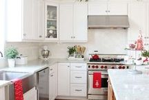 Holiday Kitchen Ideas / Brighten your holiday season with some stunning Christmas ideas for your kitchen!