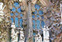 Antoni Gaudi / by Bonnie B.