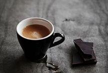 Coffee time / #cafe #coffee #wood