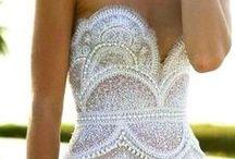 Lekre kjoler / Kjoler som jeg synes er utrolig fine men som jeg ikke nødvendigvis kan gå med:)