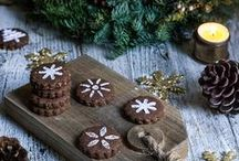 Cookies, Biscuits and Macarons / Recipes for lovely little desserts to make your tea/coffee break even sweeter, to enchant your guests or to wrap as a gift
