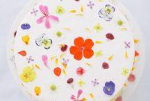 Edible flower treats