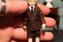 Miniature. Antique clothing, accessories and tutorials. / Inspirasjon til å lage miniatyr dukkerklær og tilbehør.