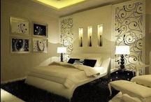 Decoração - Quartos / Confira as delícias de dormir em um quarto lindo e confortável. Veja dicas, ideias e inspirações para você caprichar na decoração! Leia mais em: revista.zapimoveis.com.br