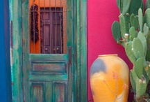 Southwest Style Home / by Jeri Rivera