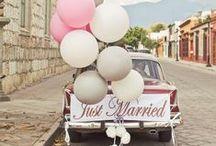 Wedding car / Coches preciosos con los que ir a la iglesia. Decoración de los coches.