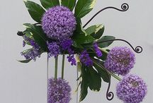 contemporary / while we love country flower design, contemporary always gets a look in ....