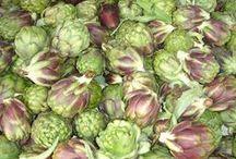 Farms | Markets / Veggies, flowers, fruit, fresh farm honey, artisan cheese, art, crafts. Farmer's markets.