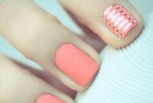 Cosmetics: Nails / Nailpolishes