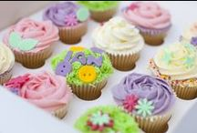 Cupcakes / Lovely cupcake designs of all different styles.
