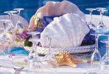 Table festive et Belles vaisselles / by Shirley McLaughlin