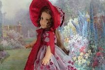 Poupée / Barbie > Habillée en époque / by Shirley McLaughlin