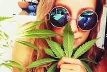420 Girrls / Weed smoking toking girrls who aren't afraid to be photographed for 420 principles :)