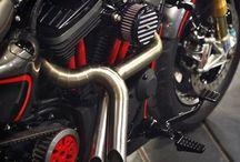 The Smokey Red - Garasi 19 / Sportster 48 2014