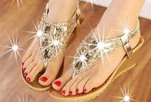 Shoes for Women / Trendy shoes and sandals for Women.