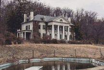 Beautiful Abandoned Places / This is so sad..I wish I could restore them all..This was someones beautiful home once..