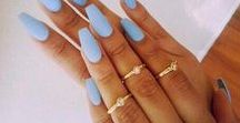 nails / on point